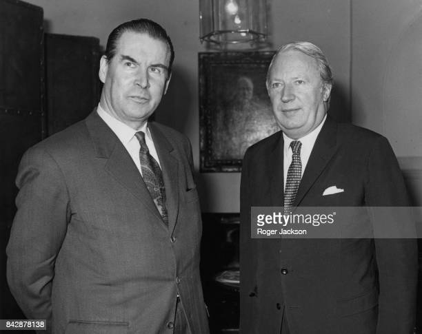 Gerhard Schröder the West German Opposition Spokesman for Foreign Affairs with British Prime Minister Edward Heath outside 10 Downing Street London...