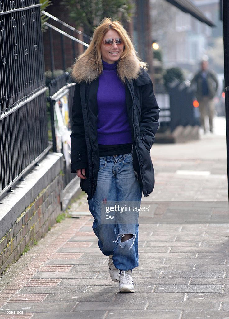 <a gi-track='captionPersonalityLinkClicked' href=/galleries/search?phrase=Geri+Halliwell&family=editorial&specificpeople=157601 ng-click='$event.stopPropagation()'>Geri Halliwell</a> pictured on the school run on March 18, 2013 in London, England.
