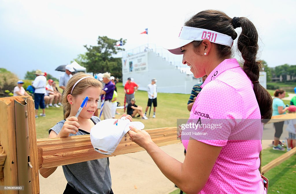 <a gi-track='captionPersonalityLinkClicked' href=/galleries/search?phrase=Gerina+Piller&family=editorial&specificpeople=7855082 ng-click='$event.stopPropagation()'>Gerina Piller</a> signs an autograph for a fan after finishing with a six-under par 65 during the second round of the Volunteers of America Texas Shootout at Las Colinas Country Club on April 29, 2016 in Irving, Texas.