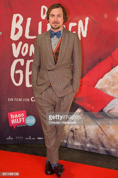German Actor Lars Eidinger attends the 'Die Blumen von gestern' Premiere at Kino International on on January 11 2017 in Berlin Germany