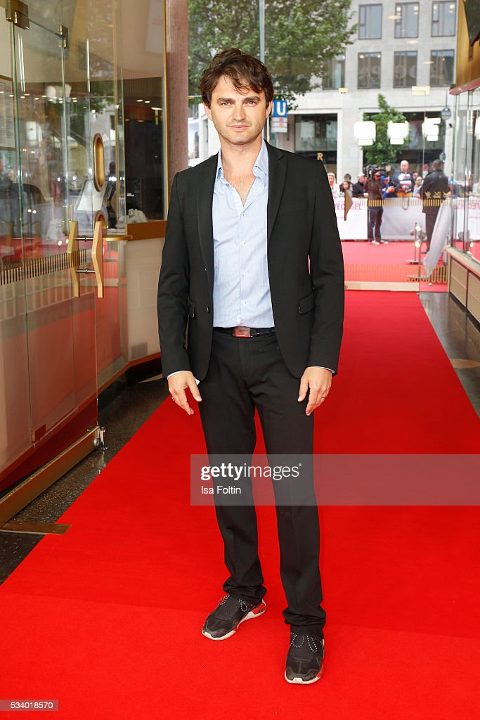 German actor Lenn Kudrjawizki attends the premiere of the film 'Seitenwechsel' at Zoo Palast on May 24, 2016 in Berlin, Germany.