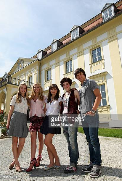 German actors Farina Flebbe Vivien Wulf Emilia Schuele Maria Ehrich and Daniel Axt pose for the media during a photo call on August 19 2009 in Passau...