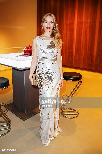 German actress Julia Dietze attends the 23rd Opera Gala at Deutsche Oper Berlin on November 5 2016 in Berlin Germany