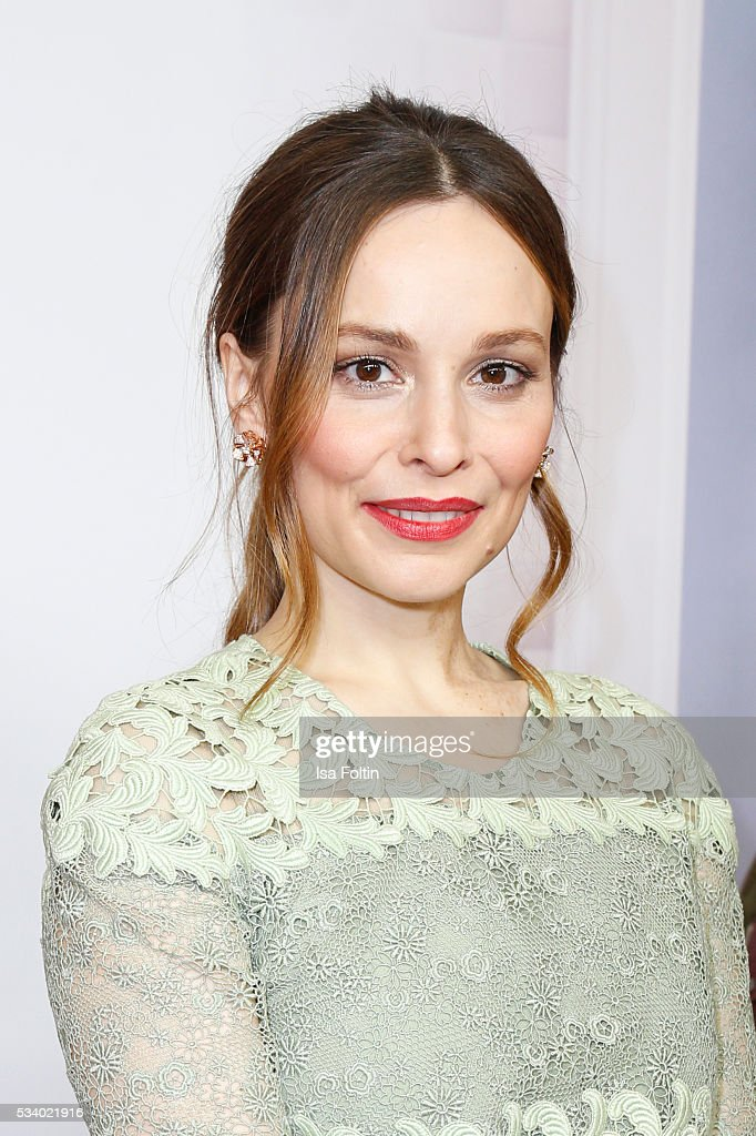 German actress Mina Tander attends the premiere of the film 'Seitenwechsel' at Zoo Palast on May 24, 2016 in Berlin, Germany.