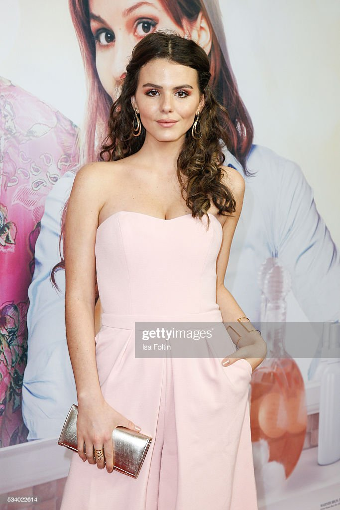 German actress <a gi-track='captionPersonalityLinkClicked' href=/galleries/search?phrase=Ruby+O.+Fee+-+Actress&family=editorial&specificpeople=7596829 ng-click='$event.stopPropagation()'>Ruby O. Fee</a> attends the premiere of the film 'Seitenwechsel' at Zoo Palast on May 24, 2016 in Berlin, Germany.