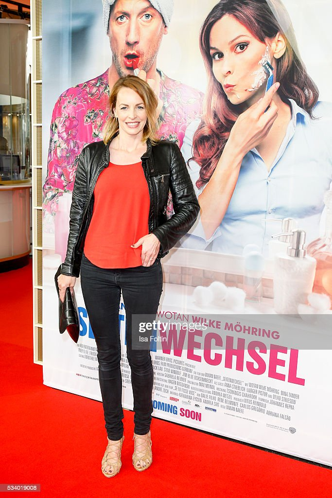 German actress <a gi-track='captionPersonalityLinkClicked' href=/galleries/search?phrase=Simone+Hanselmann&family=editorial&specificpeople=2578380 ng-click='$event.stopPropagation()'>Simone Hanselmann</a> attends the premiere of the film 'Seitenwechsel' at Zoo Palast on May 24, 2016 in Berlin, Germany.