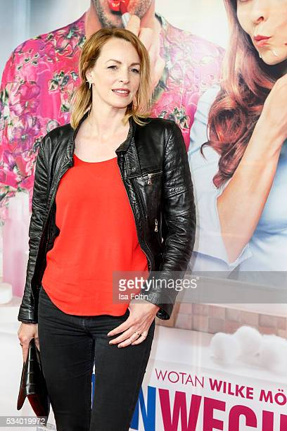 German actress Simone Hanselmann attends the premiere of the film 'Seitenwechsel' at Zoo Palast on May 24 2016 in Berlin Germany
