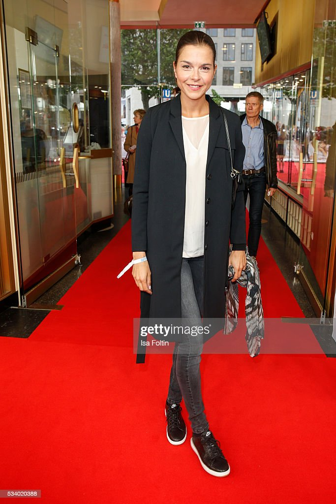 German actress Susan Hoecke attends the premiere of the film 'Seitenwechsel' at Zoo Palast on May 24, 2016 in Berlin, Germany.