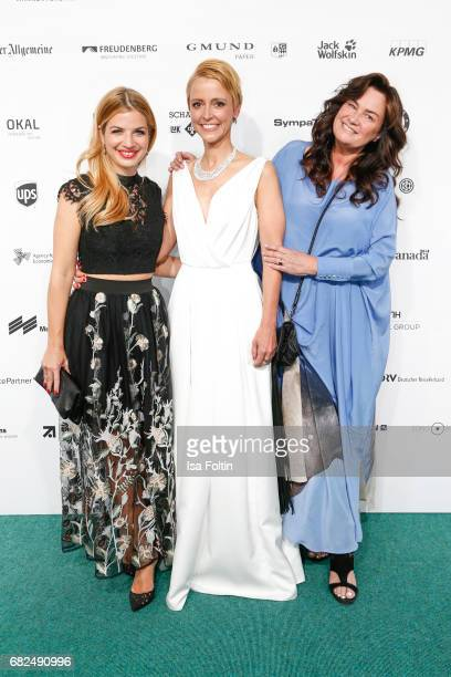 German actress Susan Sideropoulos Alexa Oswald and photographer Gabriele Oestreich alias Gabo attend the GreenTec Awards at ewerk on May 12 2017 in...