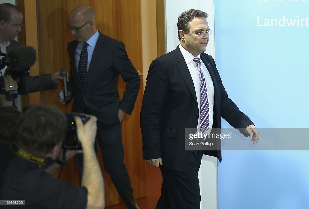 German Agriculture and Consumer Protection Minister HansPeter Friedrich arrives to announce his resignation to the media on February 14 2014 in...