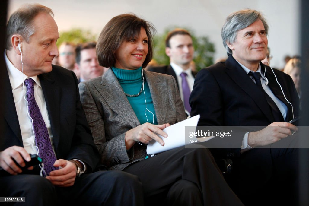 German Agriculture Minister Ilse Aigner () and her French counterpart Stephane Le Foll (R) attend a workshop for young adults of both nations during the Gruene Woche (Green Week) as part of the celebration of the 50th anniversary of the Elysee treaty, at the exhibition grounds in Berlin, Germany on January 21, 2013.