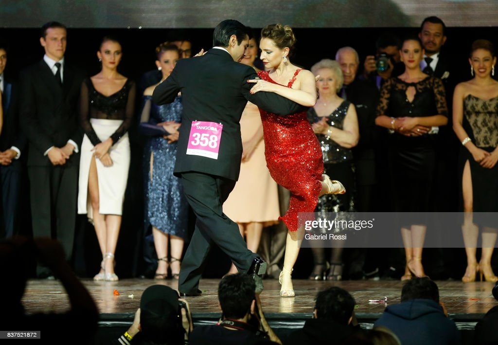 German Ballejo and Magdalena Gutierrez of Argentina dance during the final round of the Tango Salon competition as part of the Buenos Aires International Tango Festival and Championship 2017 at Luna Park on August 22, 2017 in Buenos Aires, Argentina.