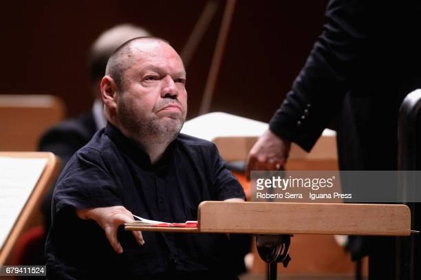 German baritone Thomas Quasthoff performs with the soprano israeli soprano Chen Reiss and the Luzerner Sinfonieorchester conduced by Costantinos...