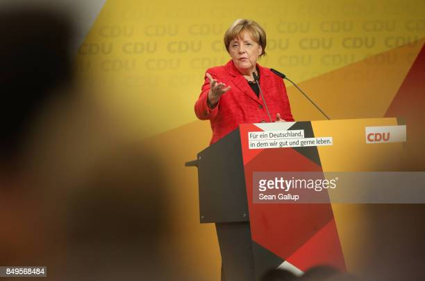 German Chancellor and Christian Democrat Angela Merkel speaks at an election campaign stop on September 19 2017 in Schwerin Germany Merkel is seeking...