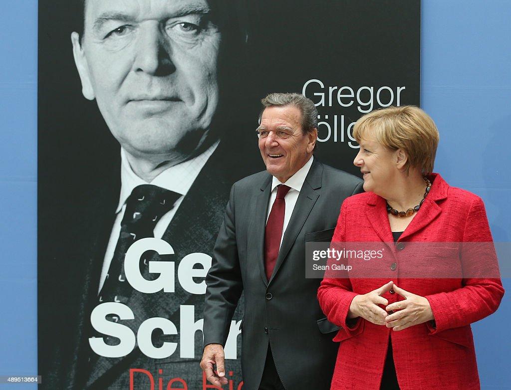 Gerhard Schroeder Presents Biography