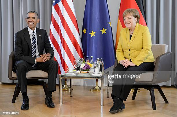 German Chancellor Angela Merkel and US President Barack Obama during talks at Schloss Herrenhausen palace on Obama's first day of a twoday trip to...
