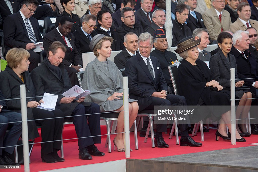 German Chancellor Angela Merkel, Grand Duke Henri of Luxembourg, Queen Mathilde of Belgium, King Philippe of Belgium, Princess Beatrix of The Netherlands and Princess Lalla Meryem of Marocco attends the Commemoration of the 100th anniversary of WWI on October 28, 2014 in Nieuwpoort, Belgium.