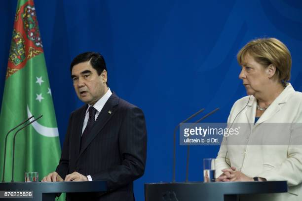 German Chancellor Angela Merkel welcomes the President of Turkmenistan Gurbanguly Berdimuhamedov on August 29 2016 at the Federal Chancellery After a...