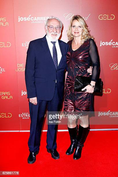 German comedian and actor Dieter Hallervorden and his girlfriend Christiane Zander attend the 22th Annual Jose Carreras Gala on December 14 2016 in...