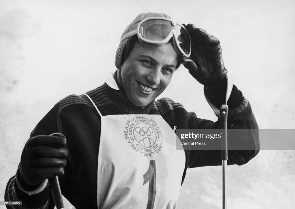 German contestant Ossi Reichert wins the Women's Giant Slalom in the Winter Olympics at Cortina d'Ampezzo, 28th January 1956.