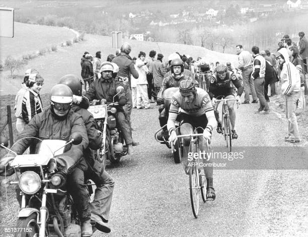 German cyclist Didi Thurau leads the field followed by the alter winner Jan Raas during the ascent of the Kneuteberg of the Amstel Gold Race 27 March...