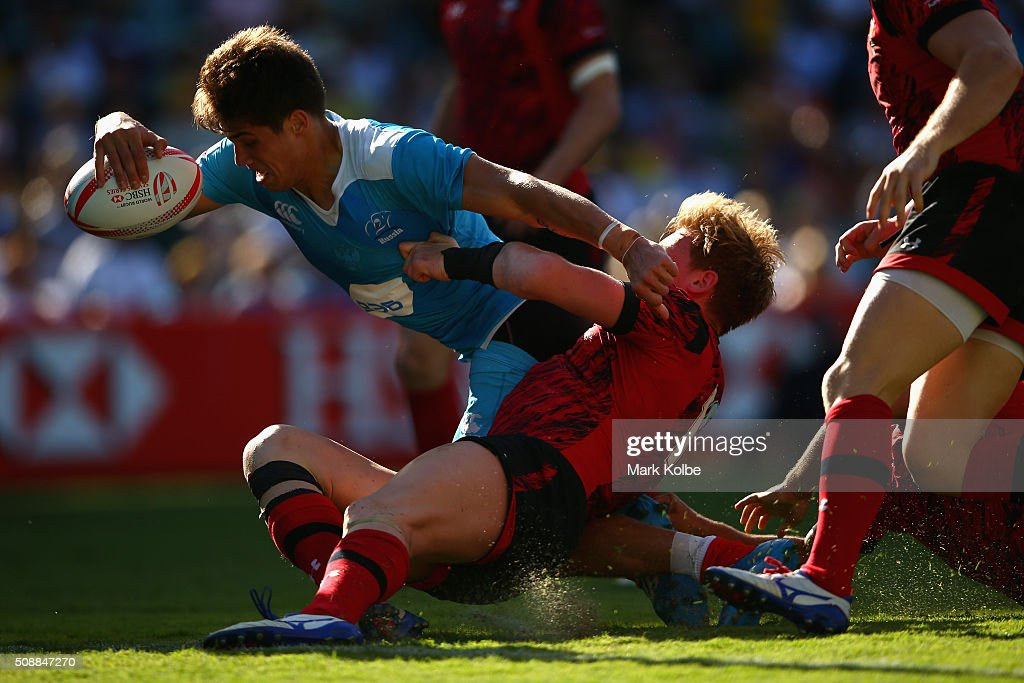 German Davydov of Russia scores a try during the 2016 Sydney Sevens shield final match between Wales and Russia at Allianz Stadium on February 7, 2016 in Sydney, Australia.