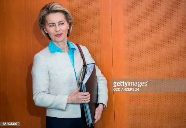 German defence minister Ursula von der Leyen arrives for the weekly cabinet meeting at the Chancellery in Berlin on May 17 2017 / AFP PHOTO / Odd...