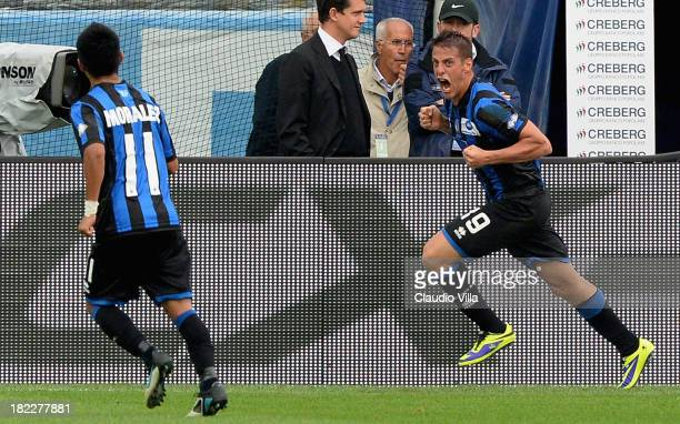 German Denis of Atalanta BC celebrates scoring the first goal during the Serie A match between Atalanta BC and Udinese Calcio at Stadio Atleti...