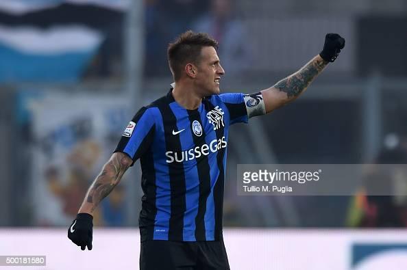 German Denis of Atalanta celebrates after scoring the opening goal during the Serie A match between Atalanta BC and US Citta di Palermo at Stadio...
