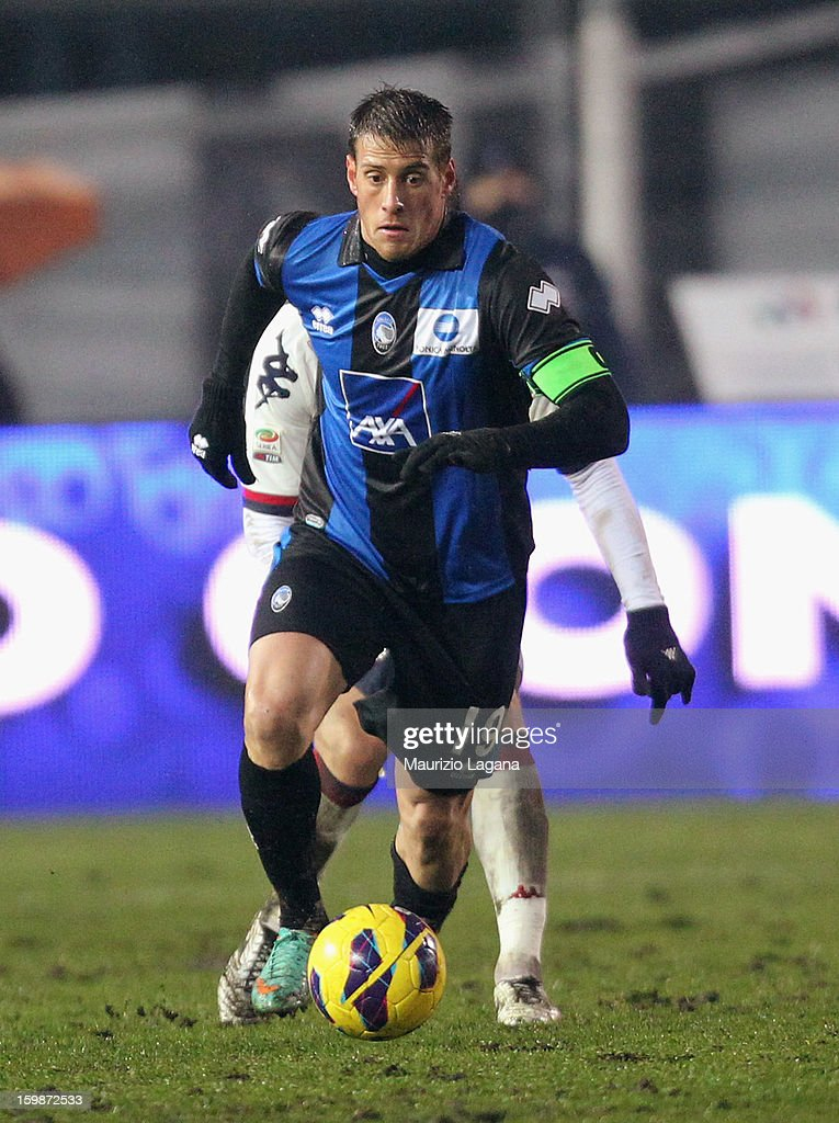 German Denis of Atalanta during the Serie A match between Atalanta BC and Cagliari Calcio at Stadio Atleti Azzurri d'Italia on January 20, 2013 in Bergamo, Italy.