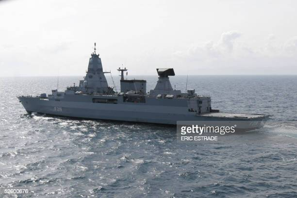 German destroyer Sachsen cruises off the southern French coast 07 April 2005 participating in the joint maneuvre 'Trident d'Or 05' aboard Nine...