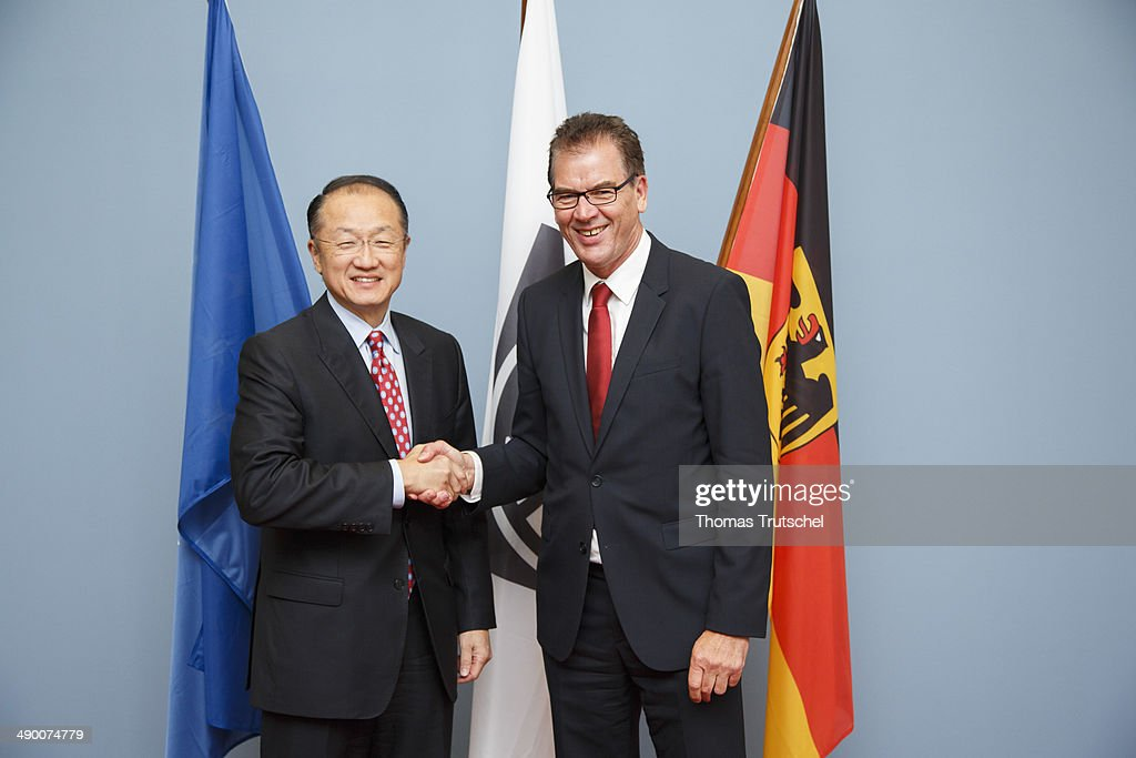 German Development Minister Gerd Mueller (R), meets with World Bank Group President Jim Yong Kim on May 13, 2014 in Berlin, Germany.