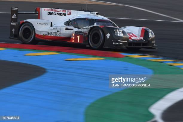German driver André Lotterer competes on his Porsche 919 Hybrid N°1 during the 85th Le Mans 24hours endurance race on June 17 2017 in Le Mans western...