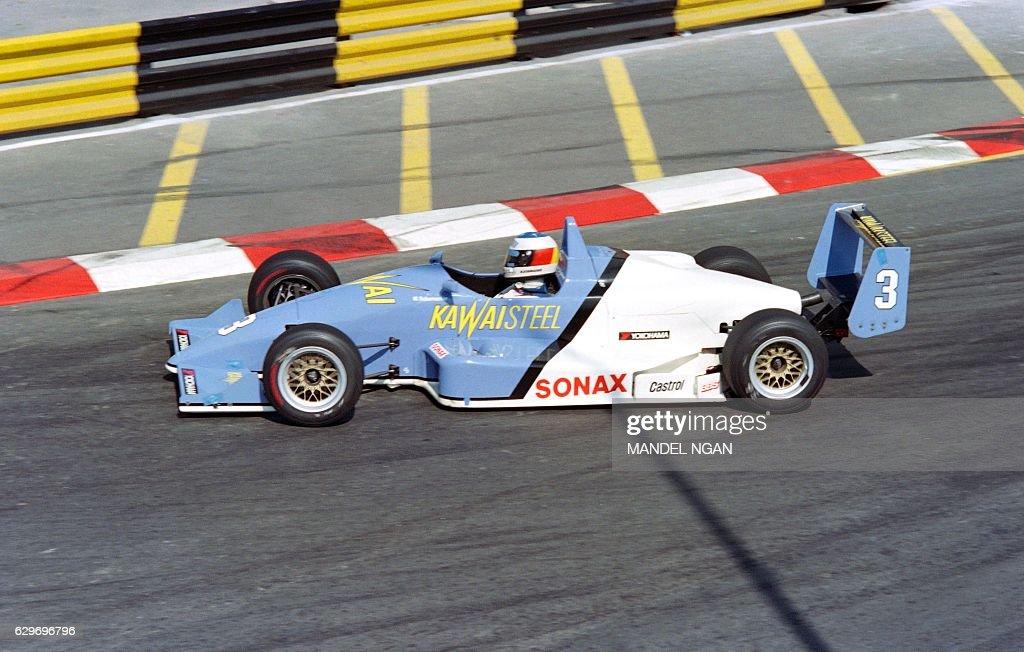german-driver-michael-schumacher-compete