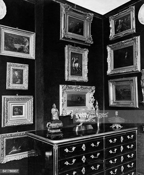 German Empire Free State Prussia Brandenburg Provinz Berlin House of the Cultural Historian Eduard Fuchs Commode and paintings at the corner of the...