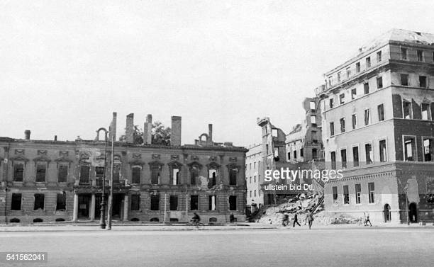 German Empire Free State Prussia Brandenburg Provinz Berlin ruins at the Pariser Platz to the left the destroyed French embassy to right the ruin of...