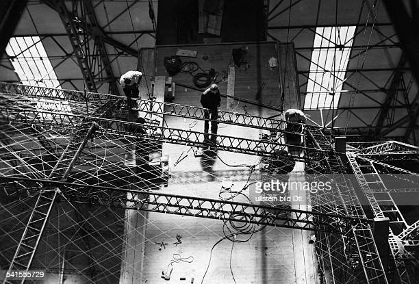 German Empire Wuerttemberg Freistaat Friedrichhafen airship construction Zeppelin LZ 129 'Hindenburg' working on the frame Vintage property of...