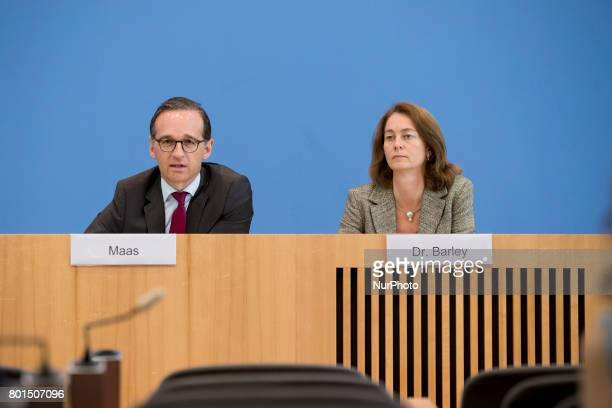 German Family Minister Katarina Barley and Justice Minister Heiko Maas attend a news conference regarding the evolution of the quote of women in...
