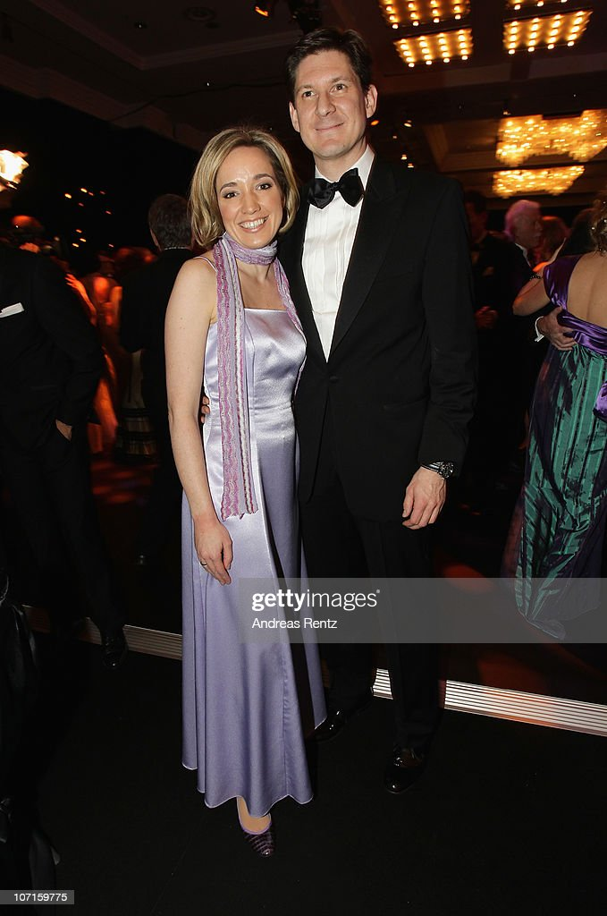 German Family Minister Kristina Schroeder and husband Ole Schroeder attend the annual press ball 'Bundespresseball' at Hotel Intercontinental on...