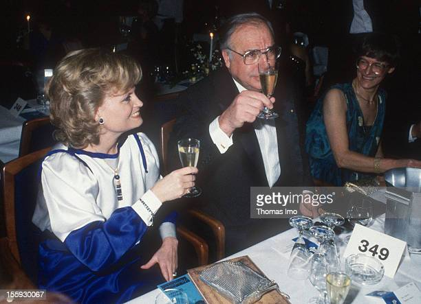 German Federal Chancellor Helmut Kohl and his wife Hannelore Kohl at the Bundespresseball November 15 Bonn Germany