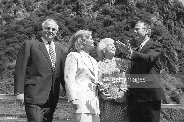 German Federal Chancellor Helmut Kohl together with his wife Hannelore Kohl next to him and the Mr and Mrs George and Barbara Bush at the Loreley...