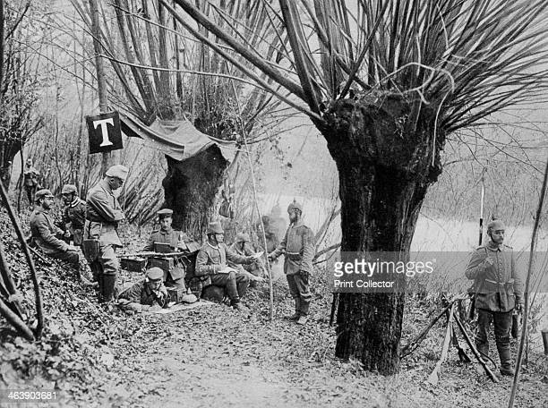 German field telephone station Aisne France World War I 1915 A photograph from Der Grosse Krieg in Bildern