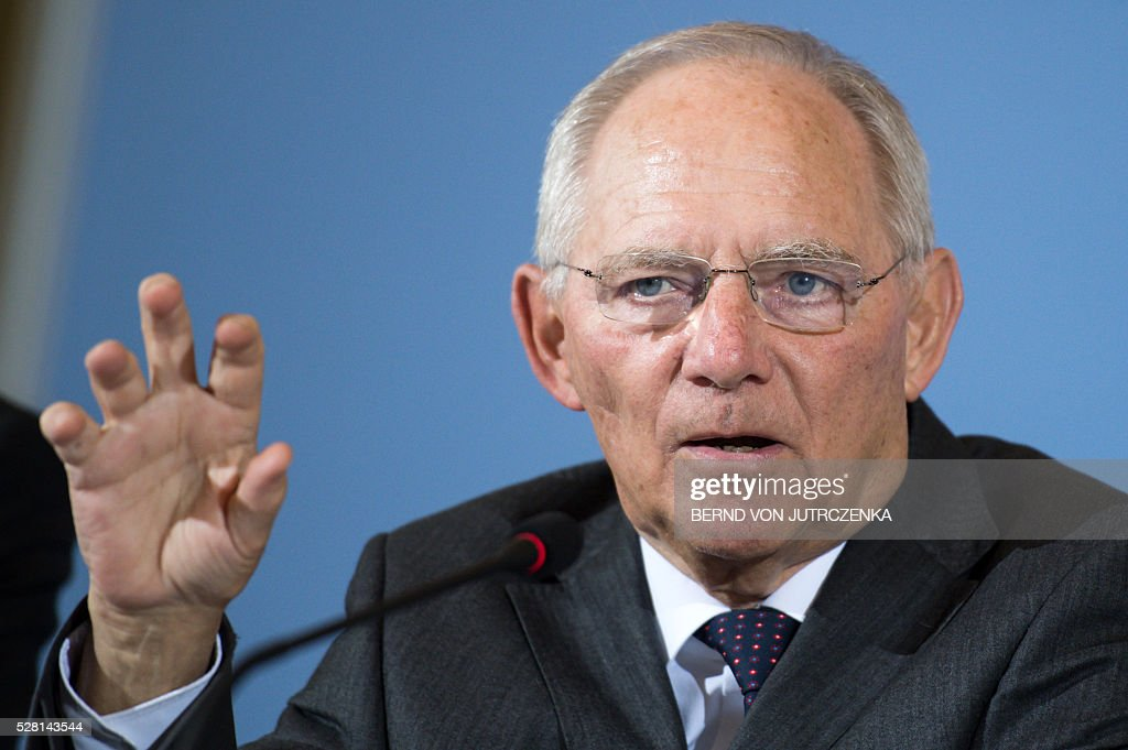 German Finance Minister Wolfgang Schaeuble speaks on the tax money during a press conference on May 4, 2016 in Berlin. / AFP / dpa / Bernd von Jutrczenka / Germany OUT