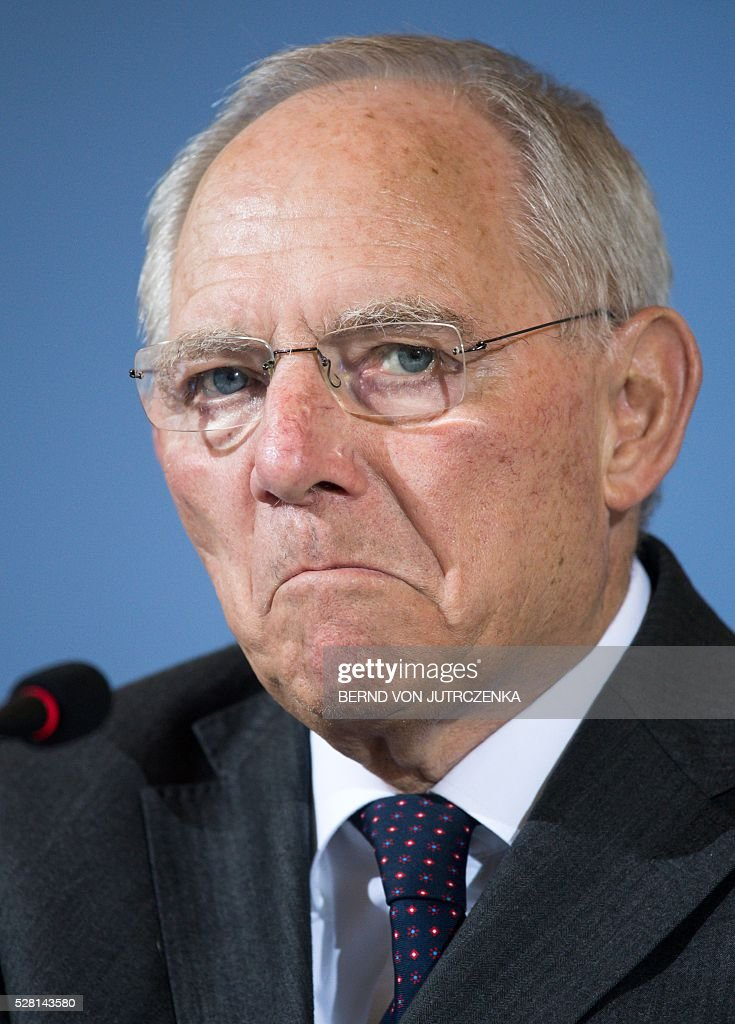 German Finance Minister Wolfgang Schaeuble speaks during a press conference on May 4, 2016 in Berlin. / AFP / dpa / Bernd Von Jutrczenka / Germany OUT