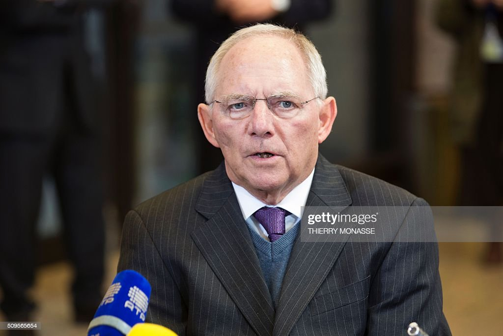 German Finance Minister Wolfgang Schäuble talks to the media prior to a meeting of Eurogroup ministers at the European Council headquarters in Brussels on February 11, 2016. / AFP / THIERRY MONASSE