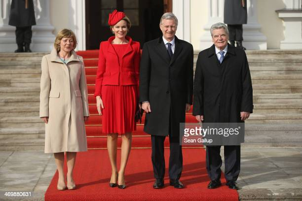 German First Lady Daniella Schadt Queen Mathilde of Belgium King Philippe of Belgium and German President Joachim Gauck pose briefly for the media...
