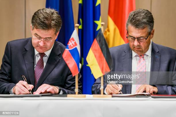 German Foreign Minister and Vice Chancellor Sigmar Gabriel and Miroslav Lajcak Foreign Minister of Slovakia sign a letter of understanding concerning...