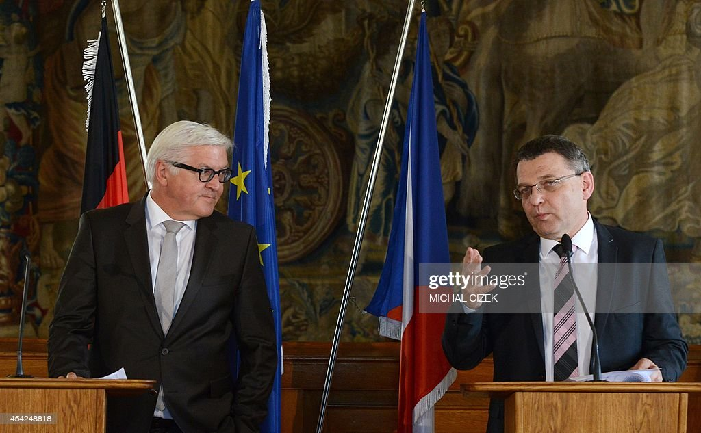 German Foreign Minister Frank-Walter Steinmeier and Czech Foreign Minister Lubomir Zaoralek (R) address a press conference on August 27, 2014 in Prague.