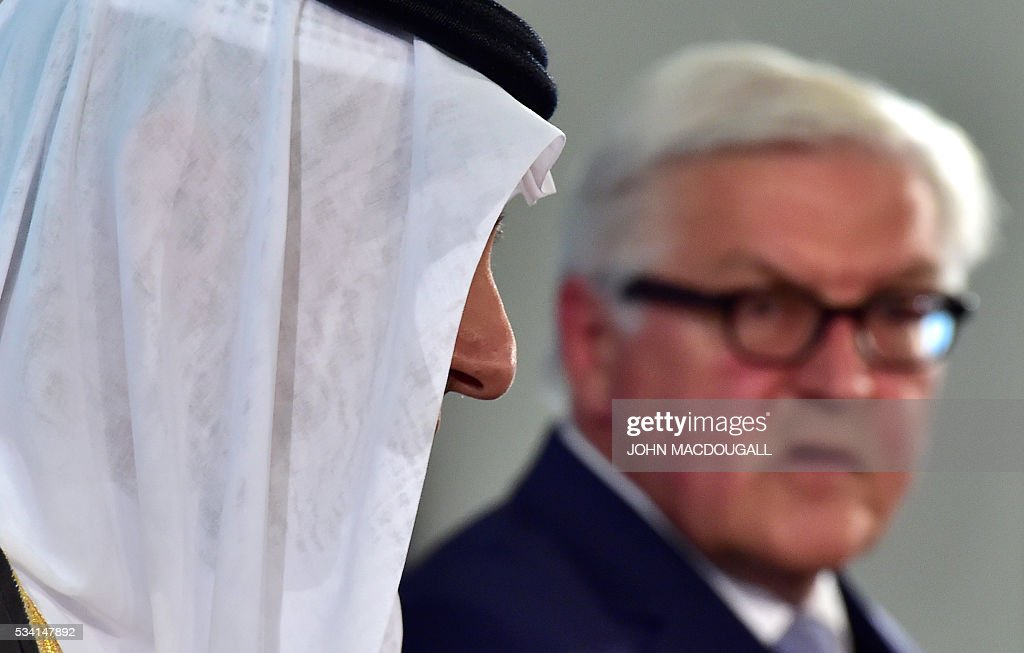 German Foreign Minister Frank-Walter Steinmeier (R) and his Saudi counterpart Adel al-Jubeir give a joint press conference on May 25, 2016 at the Foreign Ministry in Berlin. / AFP / John MACDOUGALL