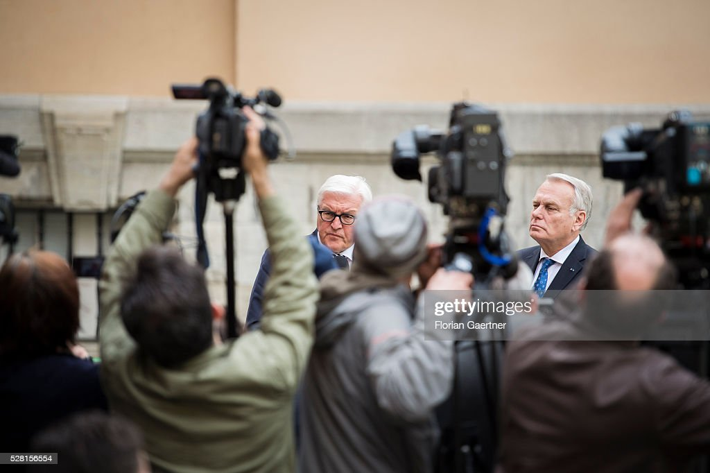 German Foreign Minister Frank-Walter Steinmeier (L) and Jean-Marc Ayrault (R), Minister for Foreign Affairs of France, speak to the media as part of their meeting with Riad Hijab (not pictured), representative of the opposition in Syria, on May 04, 2016 in Berlin, Germany. They met for conversations about the civil war in Syria.